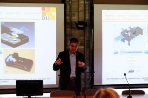 Prof. Stefano Selleri menyampaikan topic technopreneur, portable biosensor dan link-and-match investor dan universitas.
